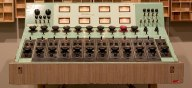 UA 610 analog_console